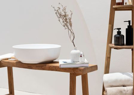 Spa,Treatment,Set,In,Minimal,Bathroom,Interior