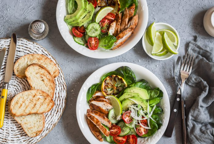 Grilled,Chicken,And,Fresh,Vegetable,Salad.,Healthy,Diet,Food,Concept.